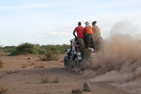 car 12 dust cloud