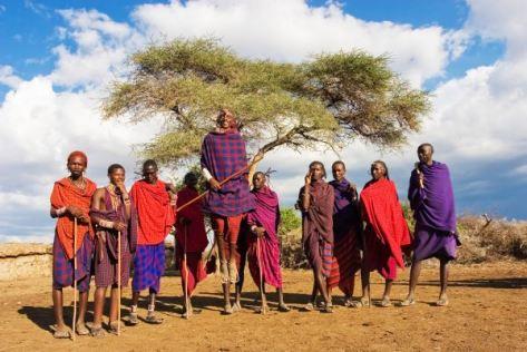 Maasai_Dance. zuru kenya