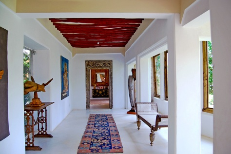 corridor-of-the-majlis(1)