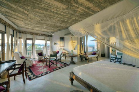 royal-suite-room-majlis-hotel-lamu