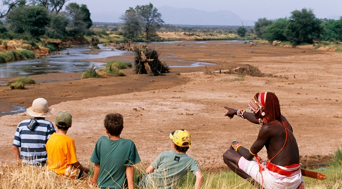 Ways to keep kids happy during a game drive