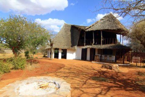 zurukenya village african village camp