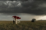 fstoppers-jonas-peterson-masai-mara-wedding-sammerkel-14